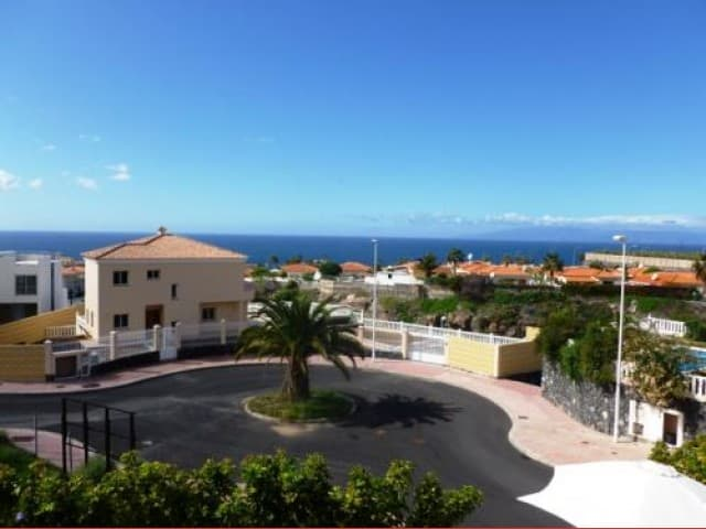 Detached 3 bedroom villa for sale in Callao Salvaje Tenerife