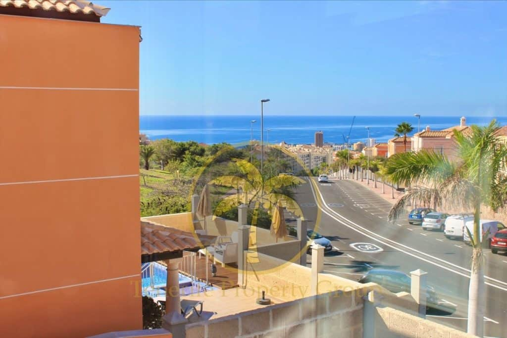 4 bedroom villa for sale in Mesetas del Mar Los Cristianos Tenerife